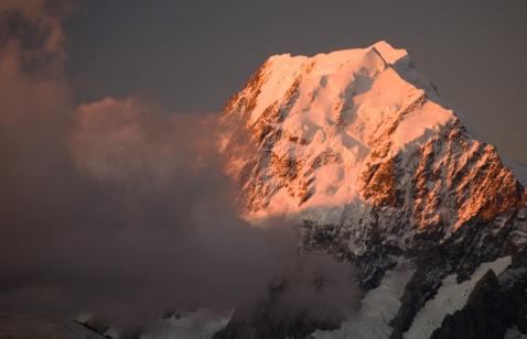 Mt. Cook alpenglow