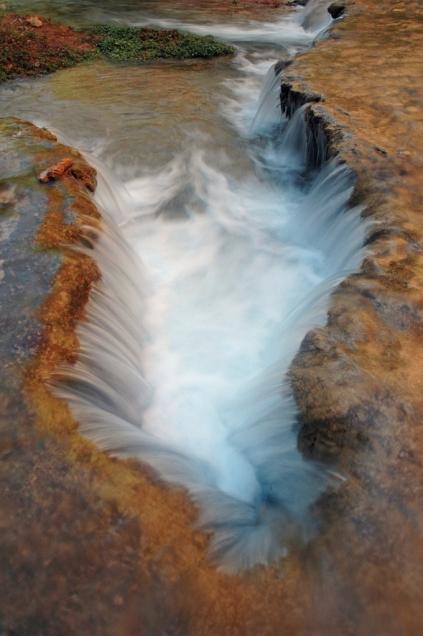 Havasu Creek tumbles down a series of terraces just downstream from Mooney Falls