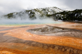 grand prismatic spring colors