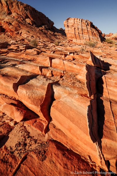 Compaction bands in the Aztec Sandstone, Valley of Fire State Park, Nevada