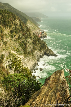 Steep cliffs rise out of the sea in the Cinque Terre